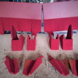 Arrières panneaux de sièges avant